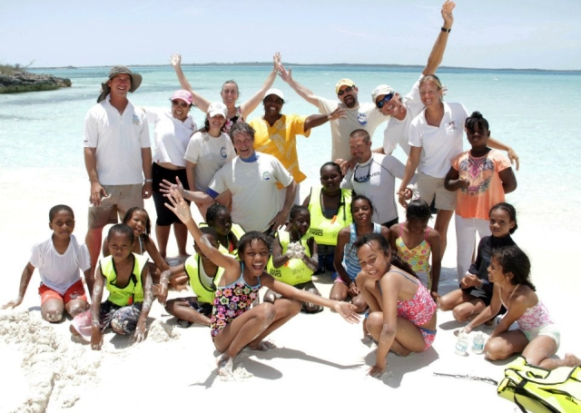 The EHCP organized a field trip to Fowl Cay with the Discovery Club and Ministry of Tourism. Thanks to Off Island Adventures and Kevalli House for their support. photo: Derek Smith